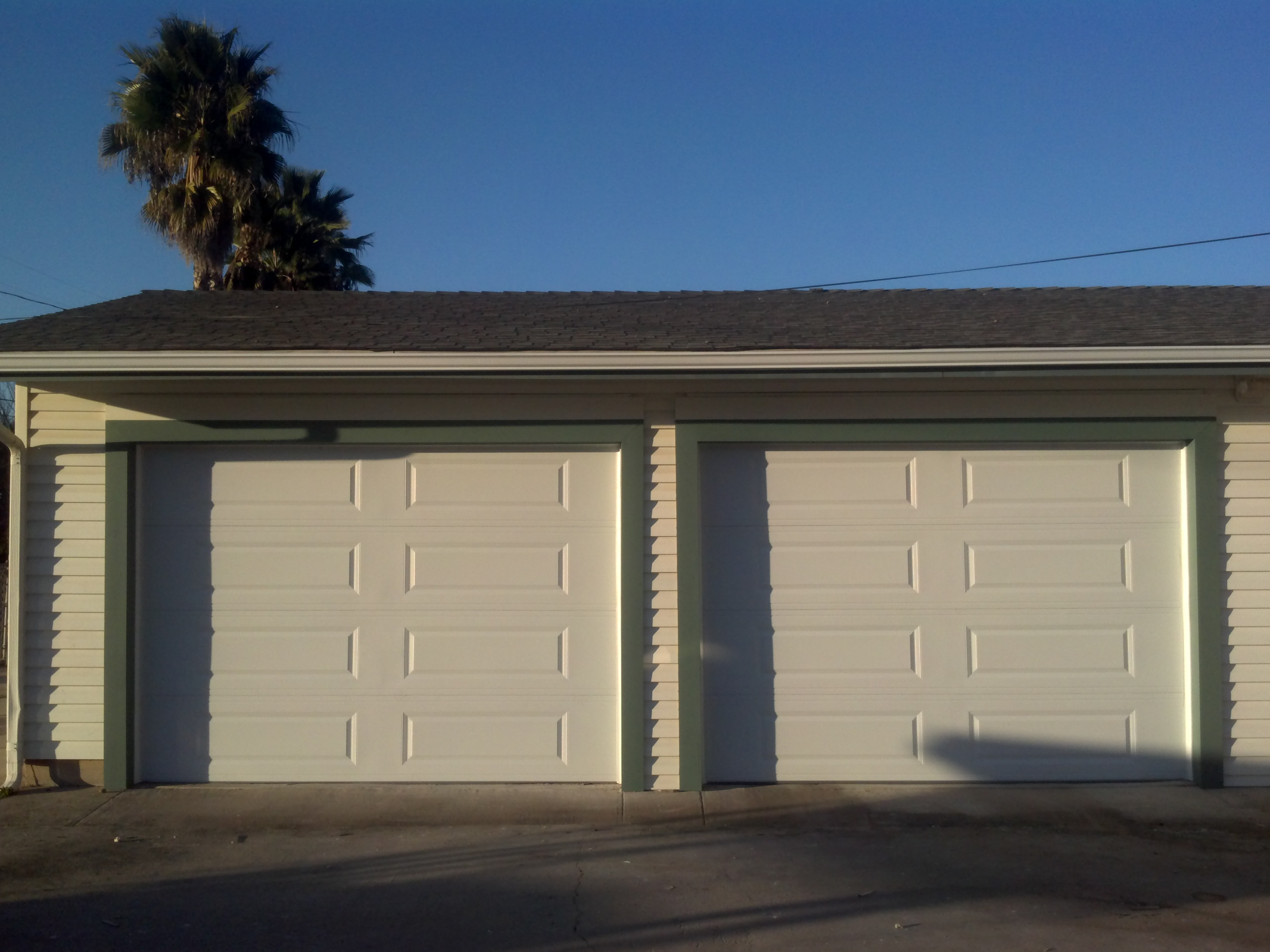 Garage doors lagunas garage door for New garage